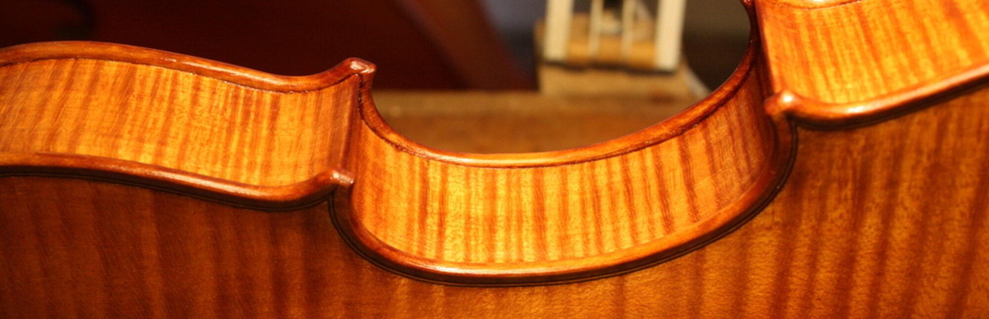 Yves Descloux, luthier